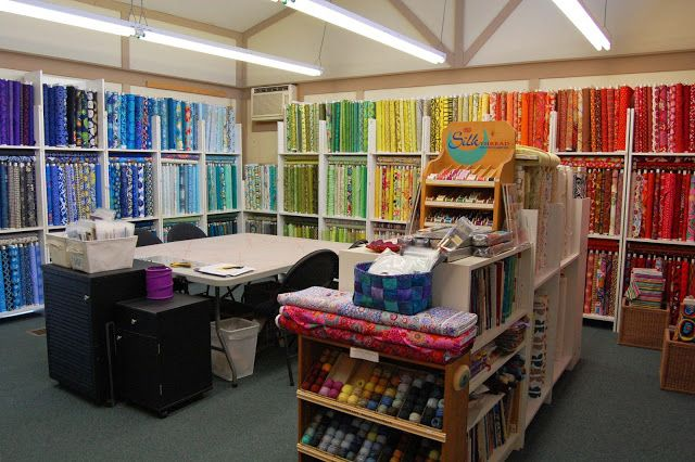 A rainbow of fabrics at Stitch Your Art Out!