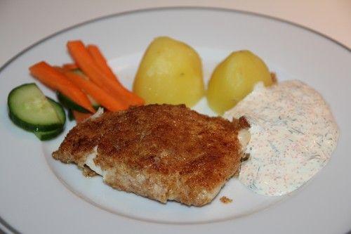 Panerad torsk med potatis och dillsås