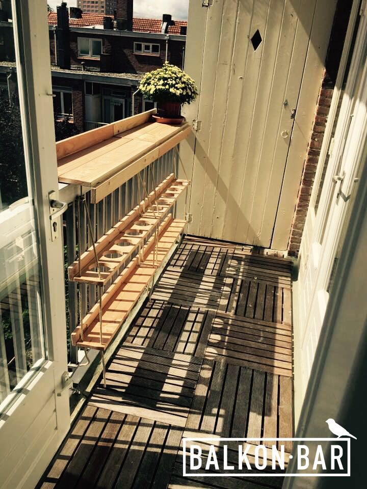 Create lots of extra space on your balcony with a Balkonbar :)