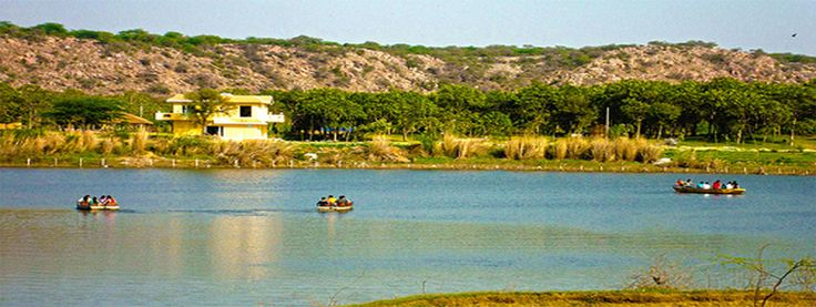 picnic around delhi provides you all the information about hotels and resorts near delhi for day picnic with adventure activities.