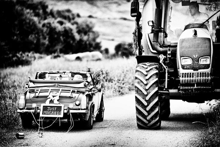by Fernando Baños Photography @fernandobanos #wedding #weddingphotography #photography #realwedding #photooftheday #style #beauty #love #emotion #white #instalove #instawedding #inspiration #farm #rustic #road #instagood #justmarried #tractor #car