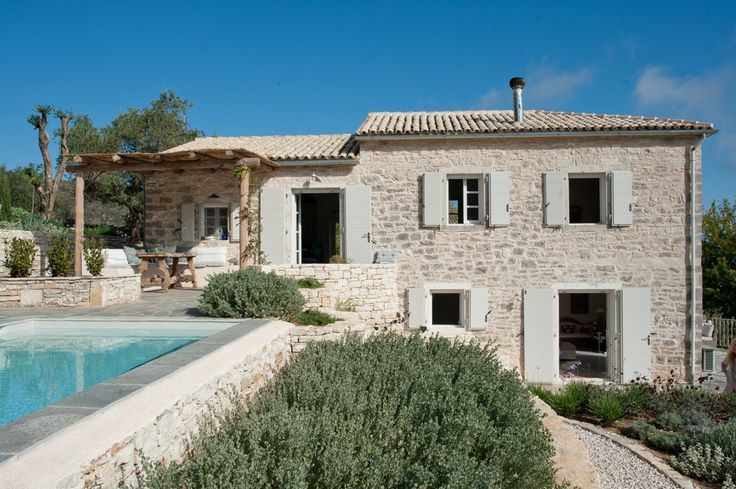 Ithica House - Corfu villa for two. Super stylish with stunning views.