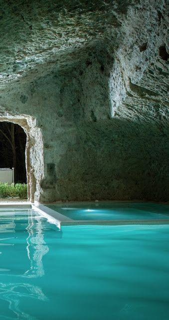 Les 25 meilleures id es de la cat gorie piscine grotte sur for Design piscine et spa manosque