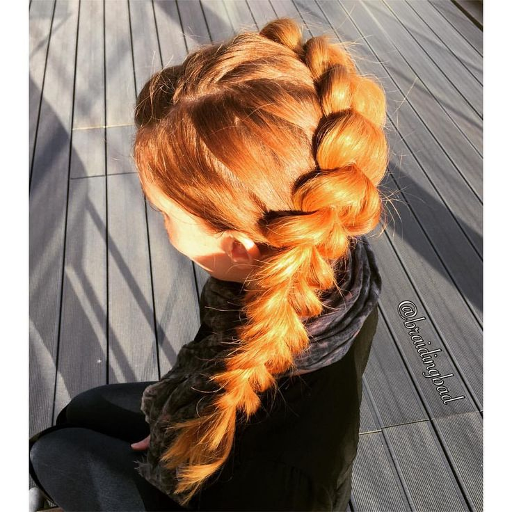 """157 tykkäystä, 10 kommenttia - Heli (@braidingbad) Instagramissa: """"I think Belle from Beauty and the Beast would look just like this if she wore a #pullthroughbraid…"""""""