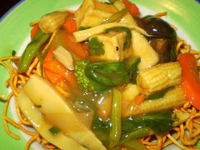 Vegan Việt Nam : Bếp Chay Thanh Nhẹ: Mì Xào Giòn Chay (Thúy Nam) - Vegan Crispy Yellow Noodle