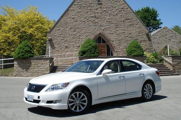 Test Drive: 2012 Lexus LS 460 AWD