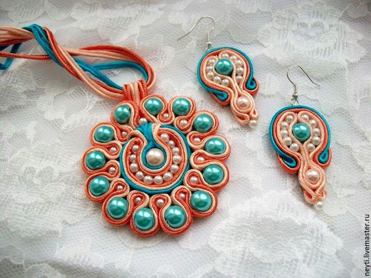 Комплект кулон и серьги сутажные 'Голубой цветок'