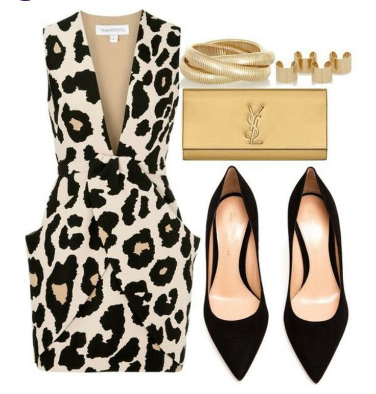 LOVE this bold print and could rock the pockets with deep v-neck