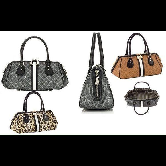 Esquivel handbag Esquivel handbag. Gently used-no tears/major damage. Original owner-comes w dustbag. L.A.M.B. Bags Totes
