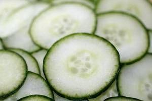 beyazlatıcı salatalık maskesi