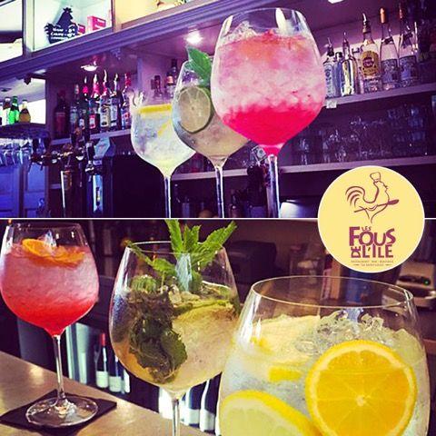 Des COCKTAILS de toutes les couleurs Venez vous désaltérer tout chez les FOUS DE L' ILE nous restons ouvert ! #cocktails