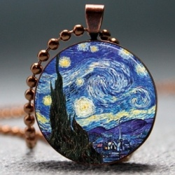 Artyscapes is not a kind of typical jewelry you have used to see. This is the collection of handcrafted resin, picture and photo pendants.