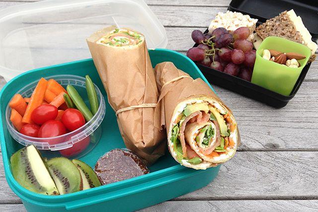 Sundhedsstyrrelsen anbefaler, at vi spiser fisk 2-3 gange om ugen, derfor er det en god ide at sende fisk med i madpakken. Få ideer og inspiration til en sund madpakke til dit barn eller dig selv.