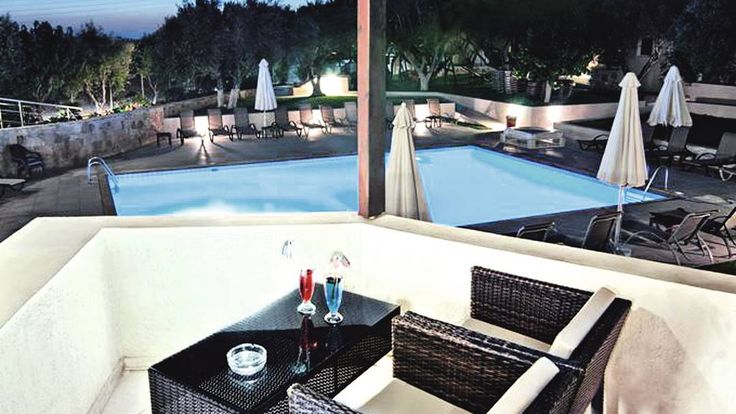 £412 - Ourania Hotel, Heraklion Crete  Nice, basic rooms, good size pool, ok social areas, 5 mins from beach