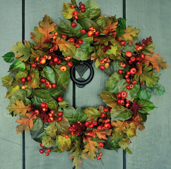 Autumn Splendor- Maple, Oak and Berry Fall Leaf Wreath, Fall Wreath, Autumn Wreath, Harvest Wreath, Autumn Decor, Fall Leaves, Berry Wreath