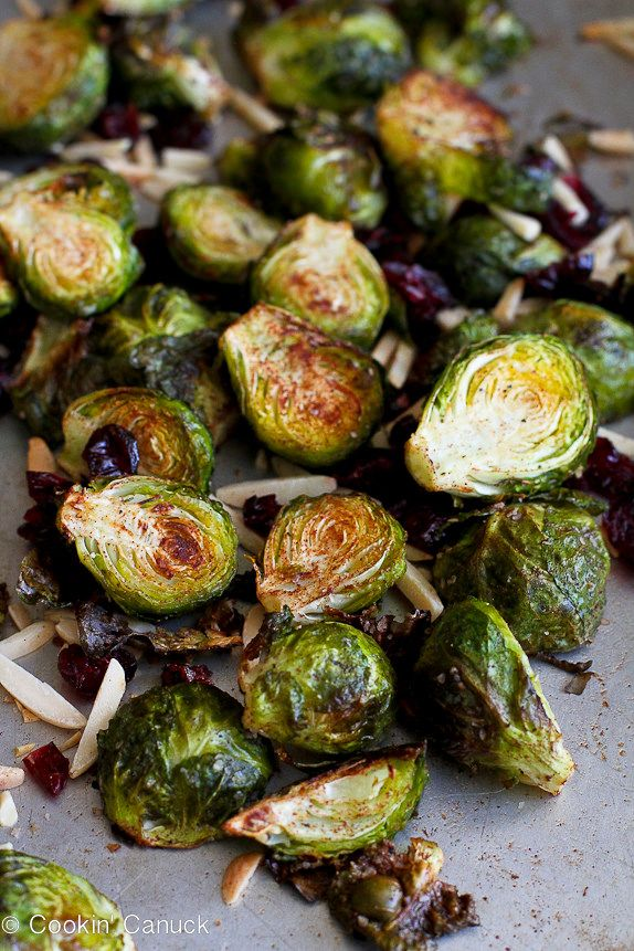 Cinnamon Roasted Brussels Sprouts with Toasted Almonds...A healthy Thanksgiving or autumn side dish! 142 calories and 4 Weight Watcher PP | cookincanuck.com #vegan