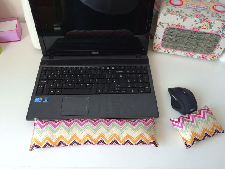 Wrist rests, keyboard rests, desk wrist supports by ZebraCreationsUK on Etsy #gifts #office #arthritis #deskset