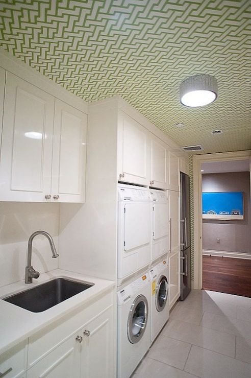 I want this laundry room by Doryn Wallach   #nunapinparty #modernfamilyhome