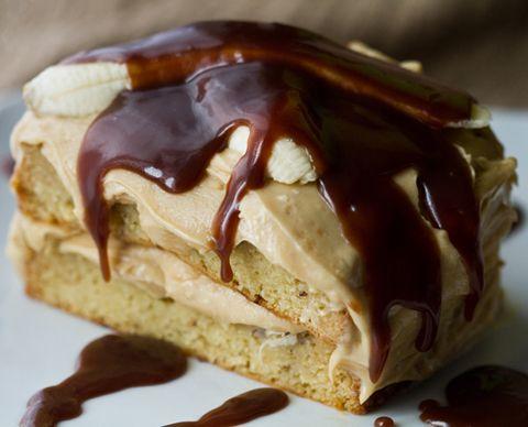 Vegan elvis cake (peanut butter and banana with a salted caramel chocolate sauce)Peanut Butter Banana, Cake Mixed, Vanilla Cake, Banana Cakes, King Cake, Bananas Cake, Elvis Cake, Vegan Cake, Peanut Butter Frosting
