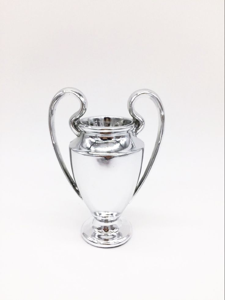 0.5KG Champions League Little Trophy 15 cm Soccer Fans for Collections Metal Silver Color Words with Madrid
