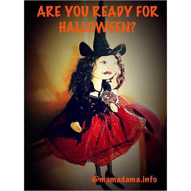 """А вы готовы к Хэллоуину?! #Ночь накануне Дня всех святых с #31 октября на 1 ноября - это самая #таинственная #ночь в году - #Хэллоуин.  В эту ночь принято #одеваться в #костюмы нечистой силы и устраивать #маскарады. Неотъемлемый #символ Хэллоуина  #тыквеннаяголова. #Тыква символизирует одновременно #окончание сбора урожая злобного #духа и #огонь отпугивающий его. В эту #ночь #дети стучатся в дома с криками: """"#TreatOrTreat!""""  """"Угощай или пожалеешь!"""". Если вы не принесете жертву эти маленькие…"""