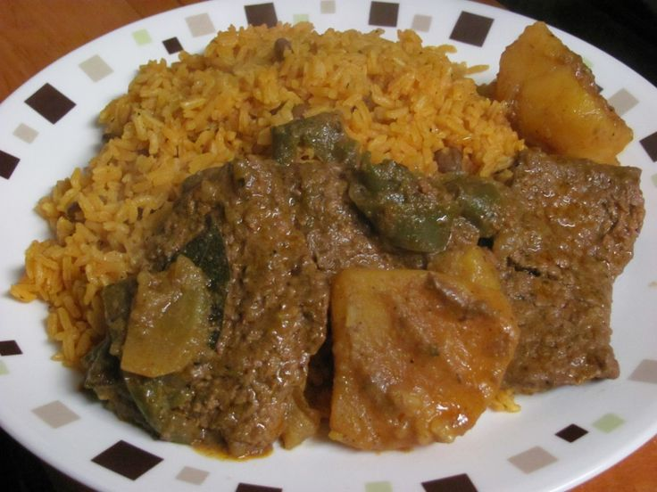 Puerto Rican Recipes | Puerto Rican Style Pepper Steak | Nom Nom