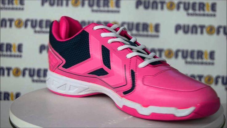 #Hummel Celestial Court X7 #PinkGlo  (Edición Especial #EHFEuro2014 ) Una zapatilla espectacular que no pasa desapercibida. Disfrútala en este vídeo 360º desde todos los ángulos. Disponible en www.puntofuerte.es