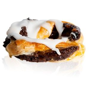 Torciglione - A danish pastry rolled with chocolate, nuts, apricot jam and topped with icing