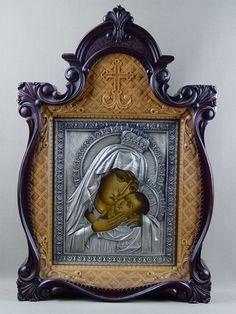 Антиквариат. «Пресвятая Богородица Корсуньская», дерево, левкас, темпера, киот