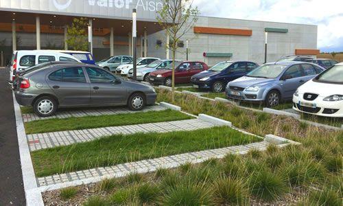Urvilliers - parking commercial - novembre 2015