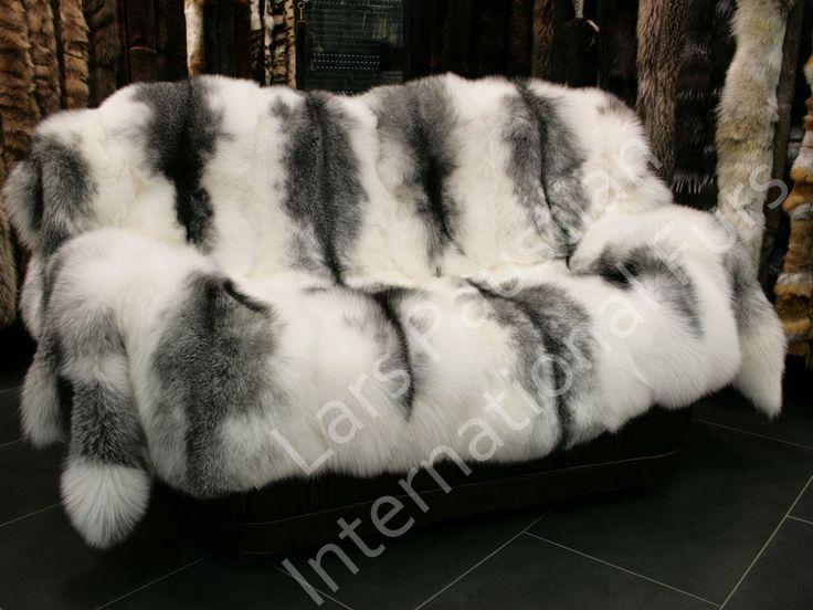 Best 25 Fur Blanket Ideas On Pinterest Faux Fur Blanket