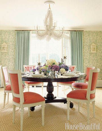 Coral white and teal dining room: Dining Rooms, Colors Combos, Coral, Dining Chairs, Colors Palettes, Colors Schemes, Colorcombo, Round Tables, Dining Tables