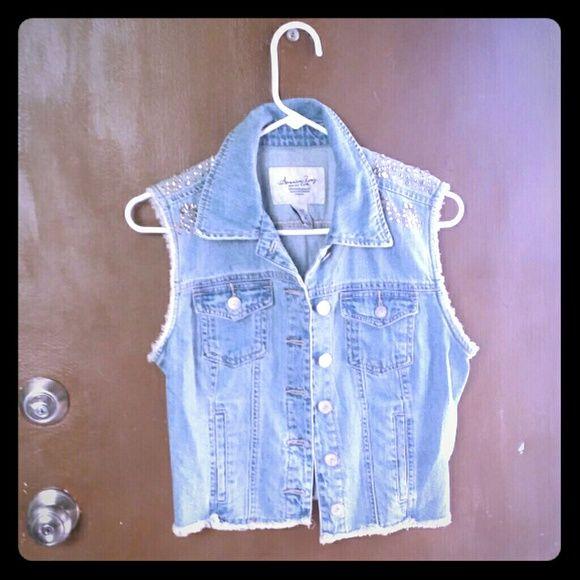 American Rag Jean vest American Rag Jean vest. Very good condition. Lightly worn. Medium. American Rag Jackets & Coats Vests