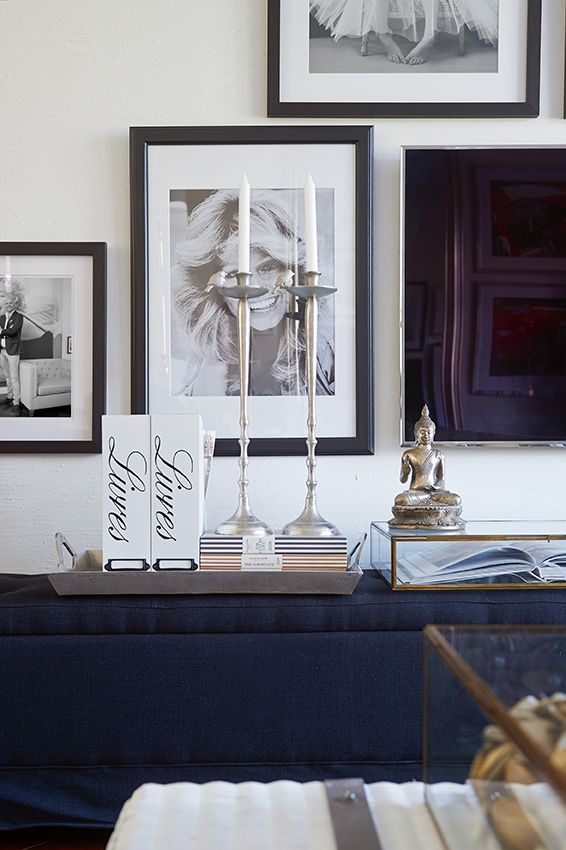 Love how the TV is almost invisble among the frames on the #gallery wall  / City Apartment Marc Lubach - Riviera Maison
