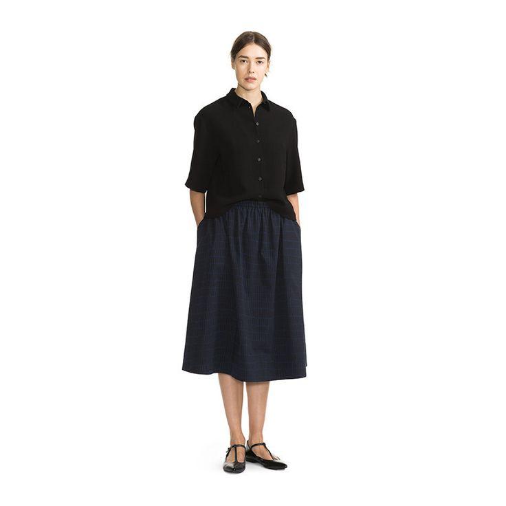 Marimekko Apparel - Pirstale Skirt - 590 Navy/Black - COMING SOON - PR – Kiitos living by design