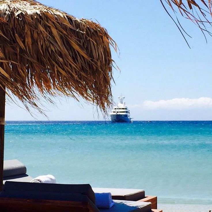 Just a stone throw away by the sea, in Kalo Livadi, one of the most beautiful and picturesque beaches of the island... #archipelagosmykonos #archipelagosliving #beach #kalolivadi #repost Solymar Mykonos