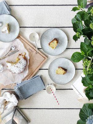 Fluffiger Vanillekuchen mit Blaubeeren & Indoor-Picknick | http://mammilade.blogspot.de | Personal Lifestyle, DIY and Interior Blog