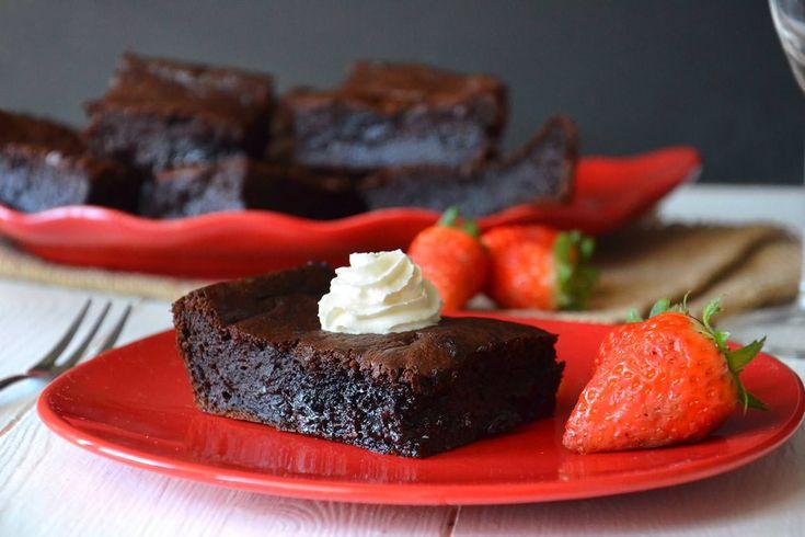 Brownies banana e Nutella, scopri la ricetta: http://www.misya.info/ricetta/brownies-banana-e-nutella.htm