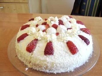 Erdbeer Raffaello Torte - Rezept