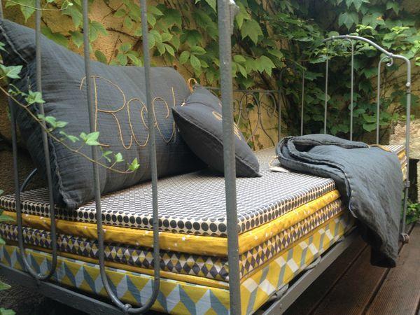 Les 36 meilleures images du tableau cucito sur pinterest couture enfant b b diy et couture - Tissus impermeable ikea ...