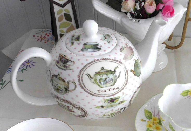 Boxed Tea Time Teapot Bone China Teapots Teacups Pink Polka Dots Large 40 Oz