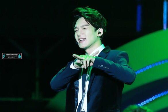 Chen | 141213 8th Migu Wireless Music Awards in Shenzhen
