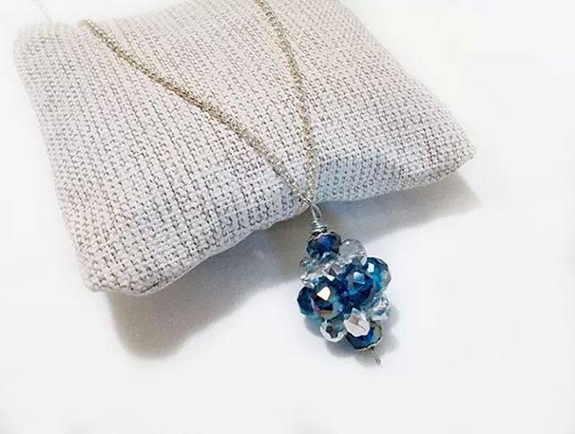 #ciondolo #trottola #realizzato con #mezzicristalli #blu e #argento #pendant #necklace #crystals #blue #silver #easy #handmade #handmadejewelry #bijouxlovers #bijoux #ambrosiascreation
