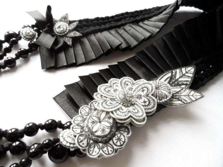 Textil necklace by MIMM-textildesign. Ilona Hendzsel and Moni Nagy.