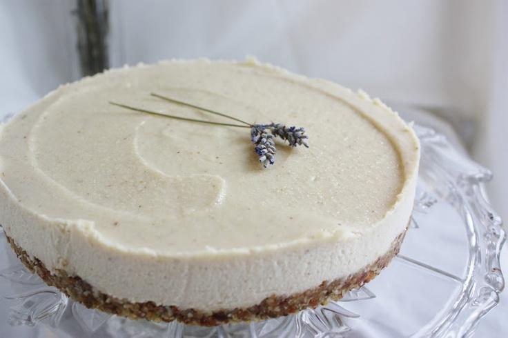 "raw lavender & lemon ""cheesecake"" - vegan & gluten free"