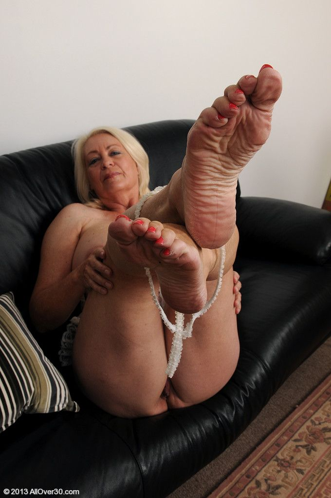 Simsiz  Mature Feet  Feet Soles, Womens Feet, Sole-3343