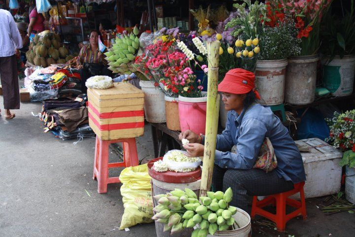 Flower market , Cambodia