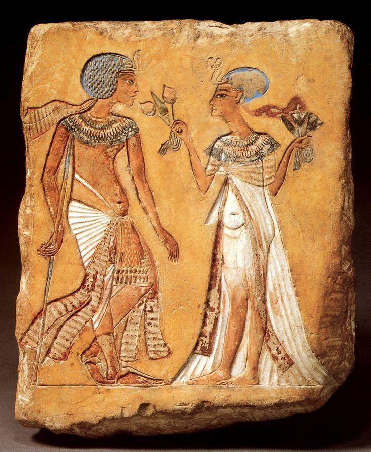 рельеф с изображением царской четы (прогулка в саду) Поздняя Амарна