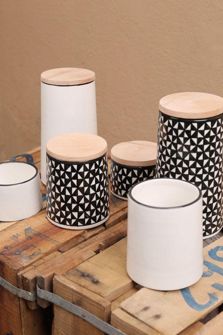 Set de céramique pour la cuisine, la salle de bain , le bureau...