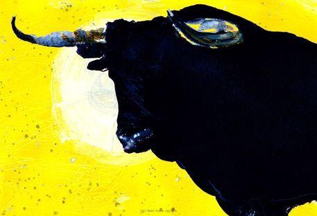 'Toro Gelb Kopf gross 2' von April Turner bei artflakes.com als Poster oder Kunstdruck $27.72